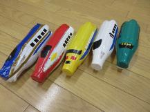 ペットボトルの新幹線